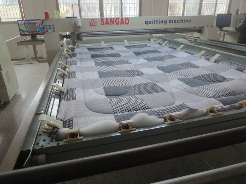 comforter quilting machine