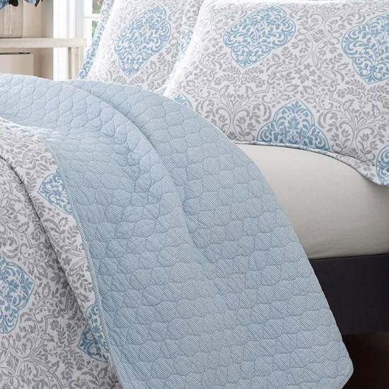 quilted bedspreads and coverlets